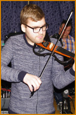 Fiddle, Stuart Fowler